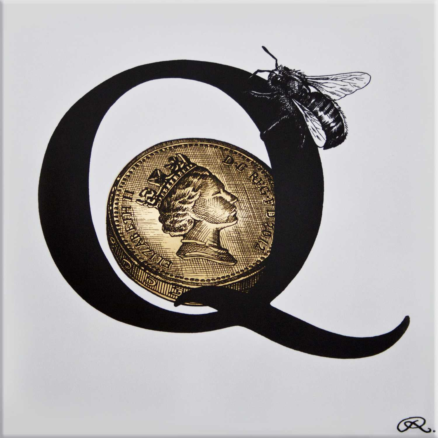 Q - Queen Bee on a 22ct Gold Quid Tile-0